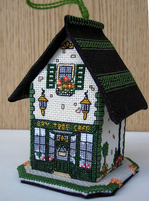 Meg Evershed, 3d cross-stitch