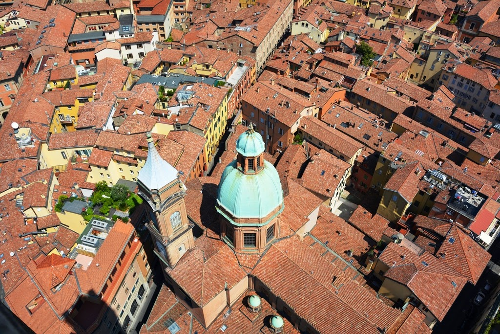 Asinelli Tower Bologna views
