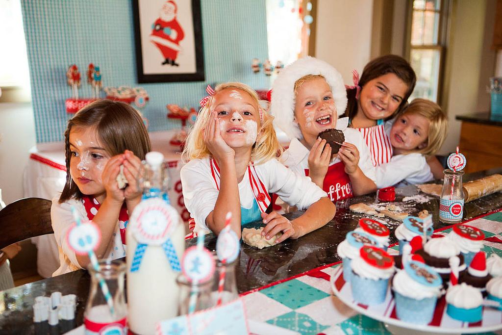 Конкурсы и вечеринки в домашних условиях - Серпантин идей о праздниках, оригинальных