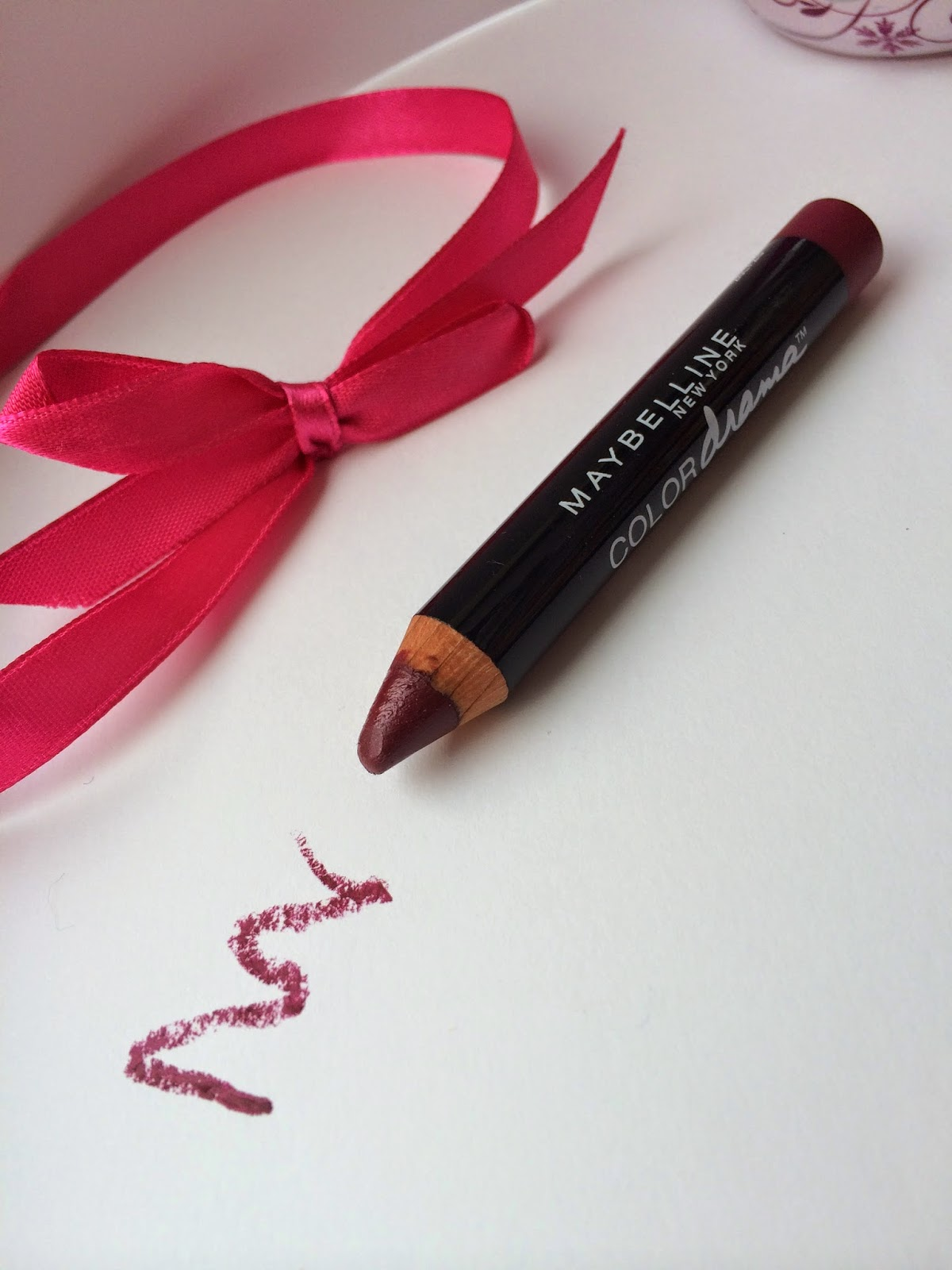 maybelline-color-drama-intense-velvet-lip-pencil-Berry-Much