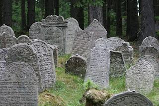 cimitero ebraico, cimiteri imbiancati,