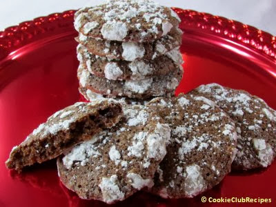 Christmas Chocolate Crinkles Cookie Recipe by CookieClubRecipes