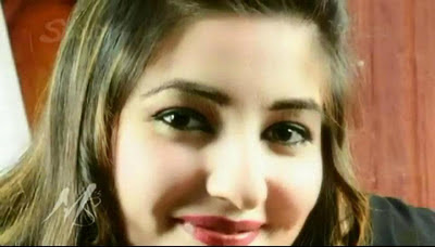 Photos Of Beautiful Pashto Singer Gul Panra