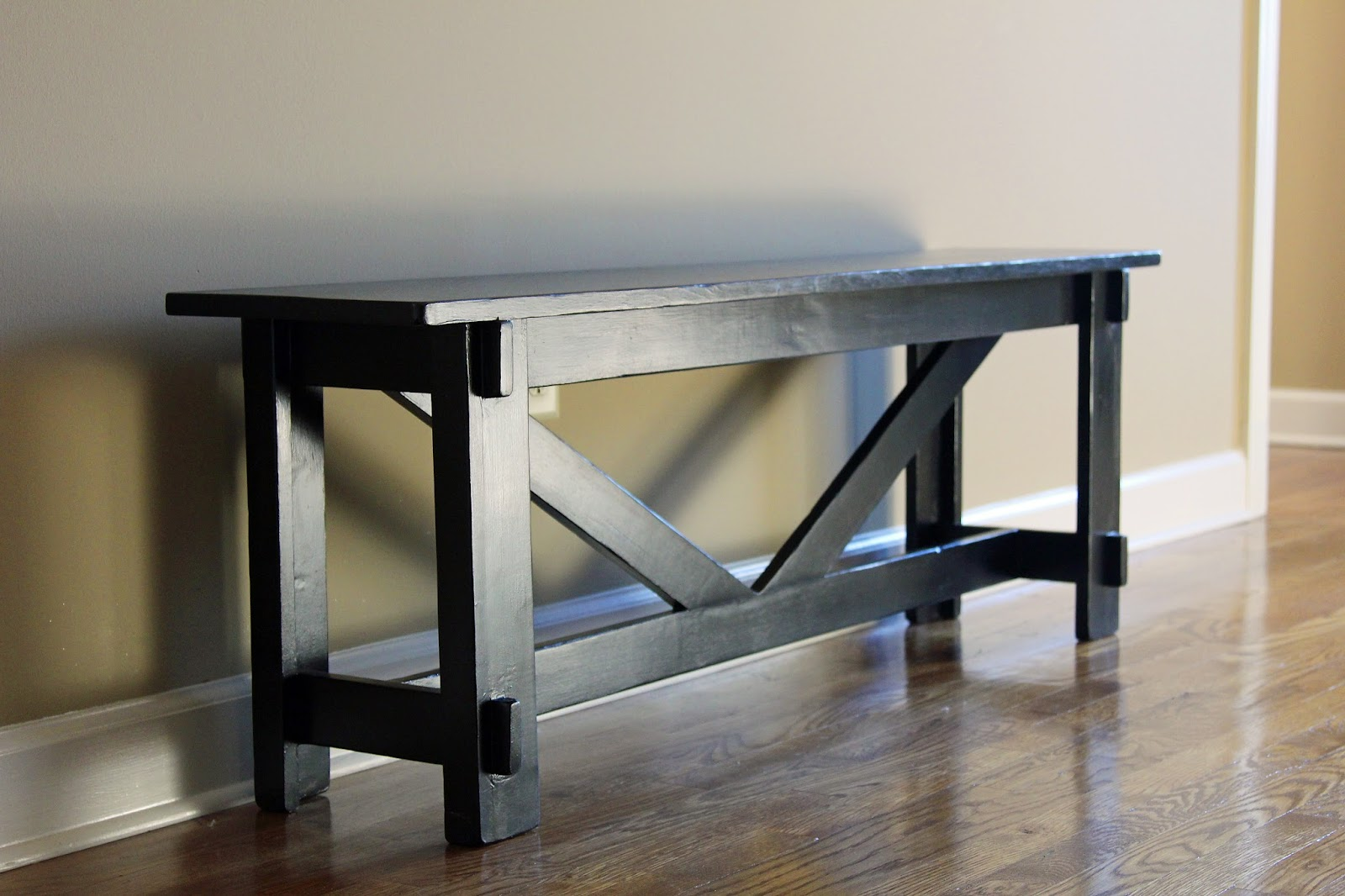 Simply Sarah: DIY Pottery Barn Knock Off Entryway Bench- My 2nd
