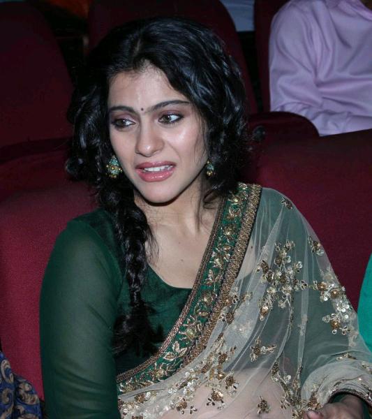 Exotic Kajol hot in transparent saree