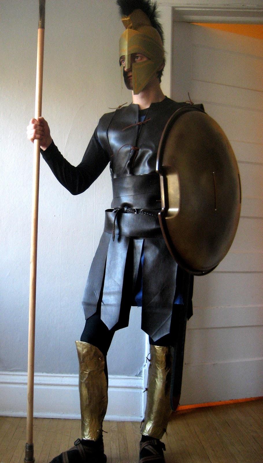DIY Spartan Hoplite Costume & Chuck Does Art: DIY Spartan Hoplite Costume