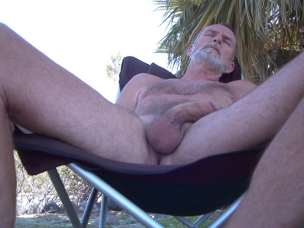 Manuel Ferrara Gay