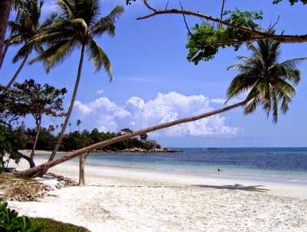 Pantai Trikora : pantai favorit di tempat wisata tangjung pinang