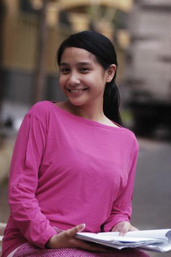 bukan foto bugil panas telanjang Nagita Slavina Artis Indonesia