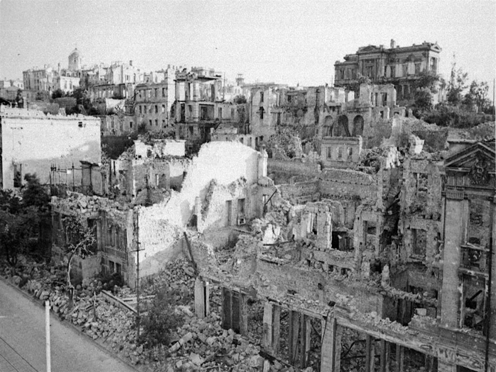 Ambar - O Cavaleiro da Luz Cidade-destruida-pela-guerra-91ad5