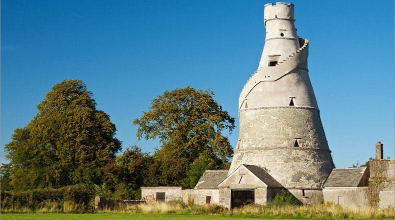 Wonderful Barn: El maravilloso granero con forma de espiral en Irlanda
