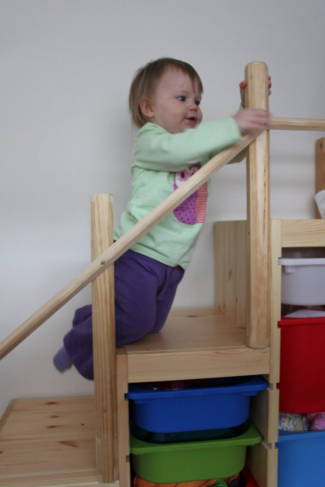 Ikea stairs for Wooden stair gate ikea