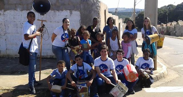 Missão reúne jovens e crianças em Varginha (MG)