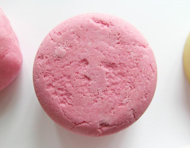 lush melting marshmallow moment