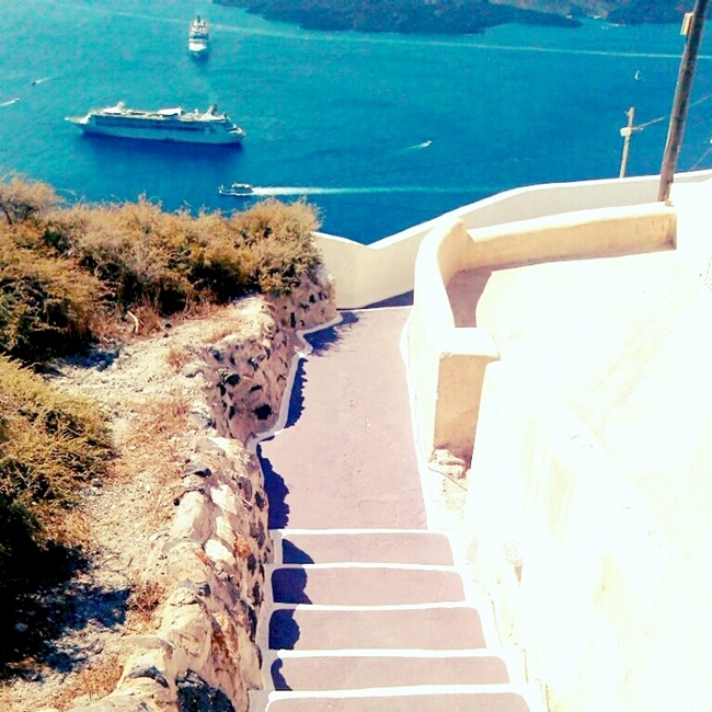Instagram @lelazivanovic.Santorini island, Greece, natural beauty.