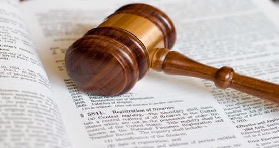 Reglamento, Ley y Derecho administrativo