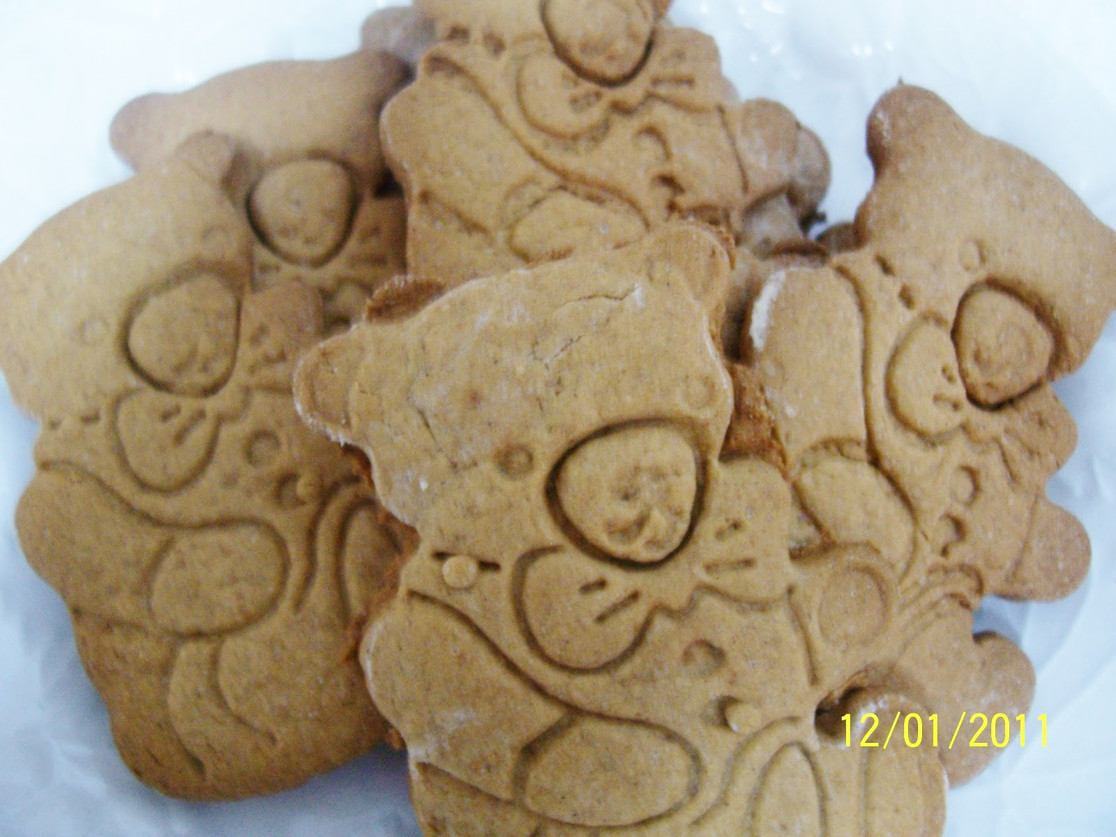 Gluten Free Gingerbread men cookies, or bears! | Skinny GF Chef ...