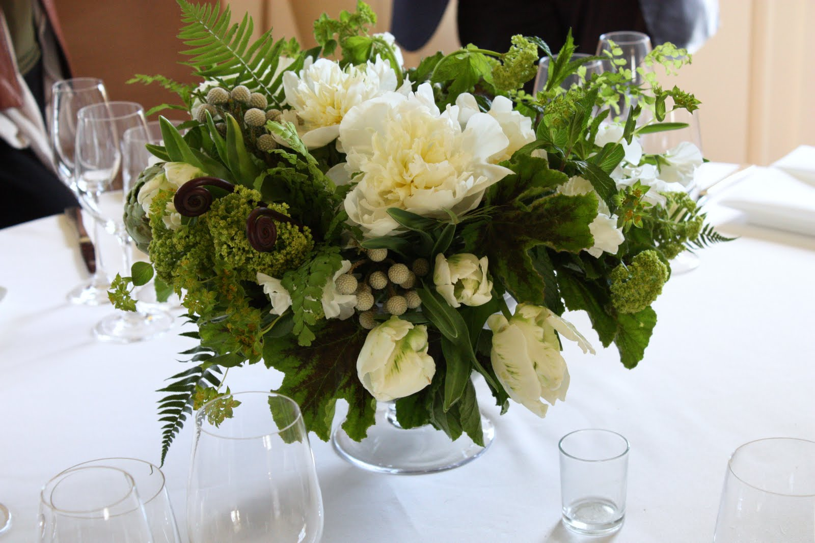 Green and white centerpieces blush floral design green and white centerpieces junglespirit Images