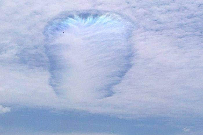 Lubang awan di Australia
