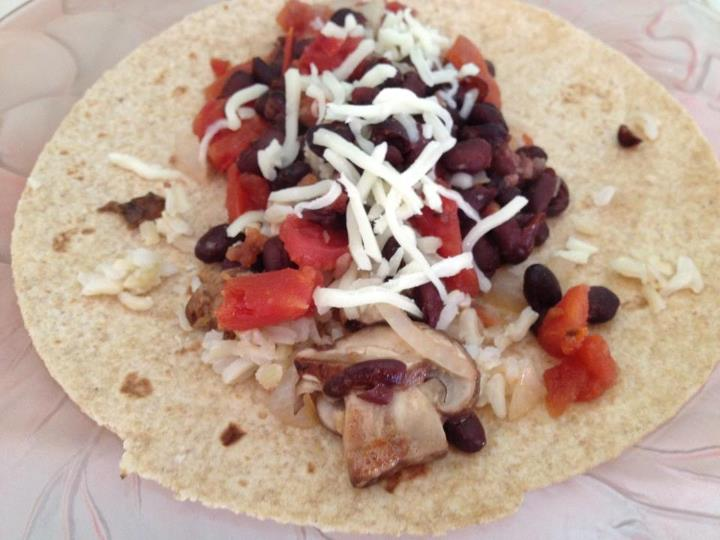 Healthy Living by Lauren: Black Bean and Brown Rice Burritos