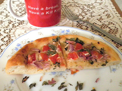 Pizza Recipe @ http://treatntrick.blogspot.com