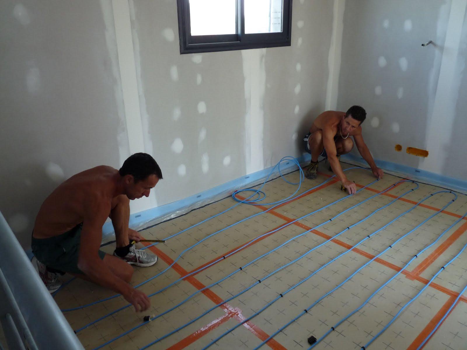 en direct du lanot pose du chauffage au sol. Black Bedroom Furniture Sets. Home Design Ideas