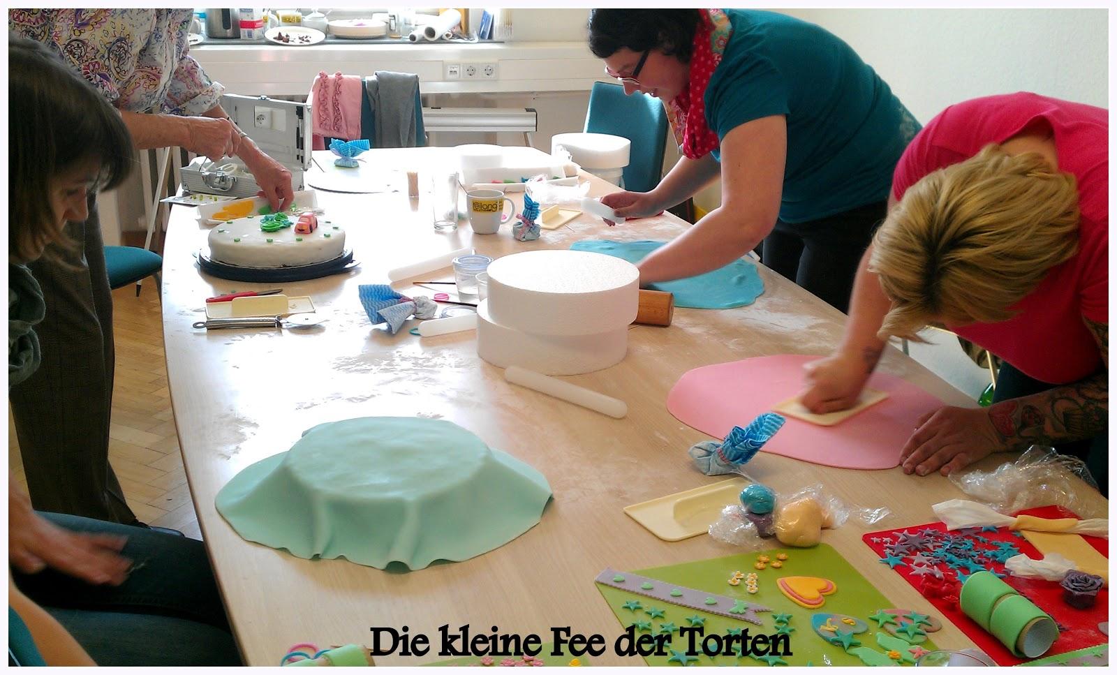 Die kleine fee der torten april 2013 for Schaufenster dekorieren lernen