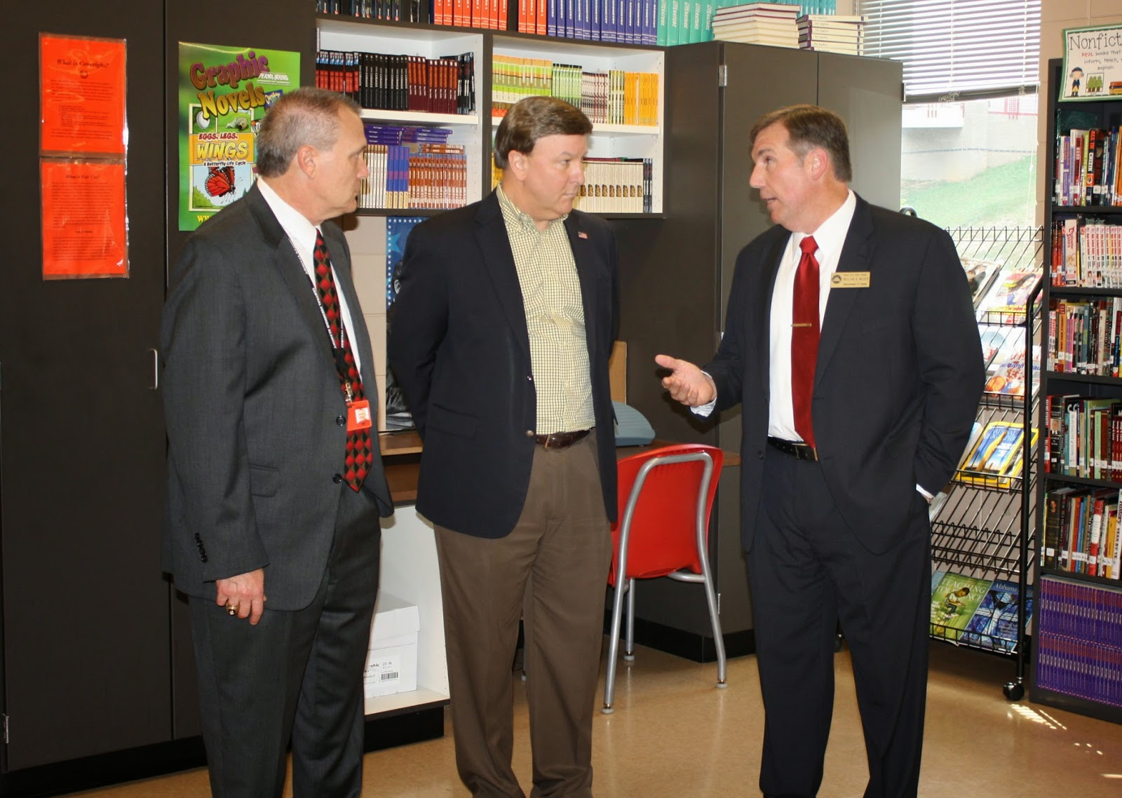 congressman mike rogers s pcs the supe s kitchen mr sikes congressman rogers and mr wilkes discuss the cfa media center