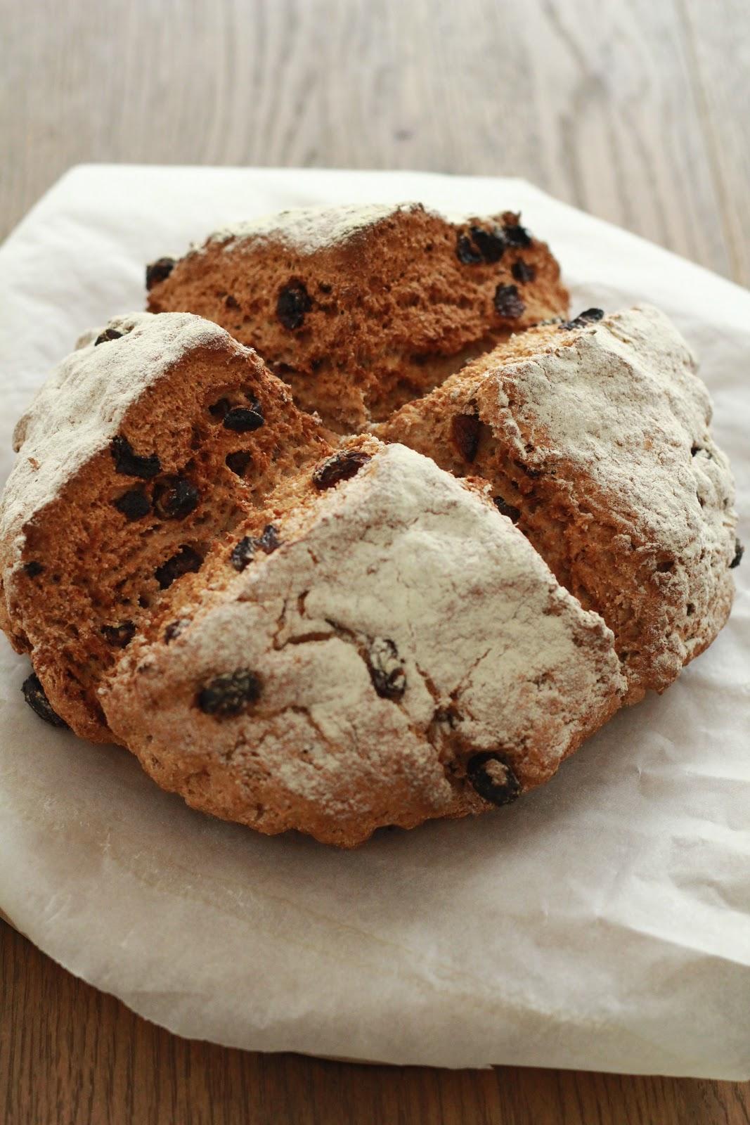 On dine chez nanou pain irlandais aux raisins secs une for Congeler du pain frais