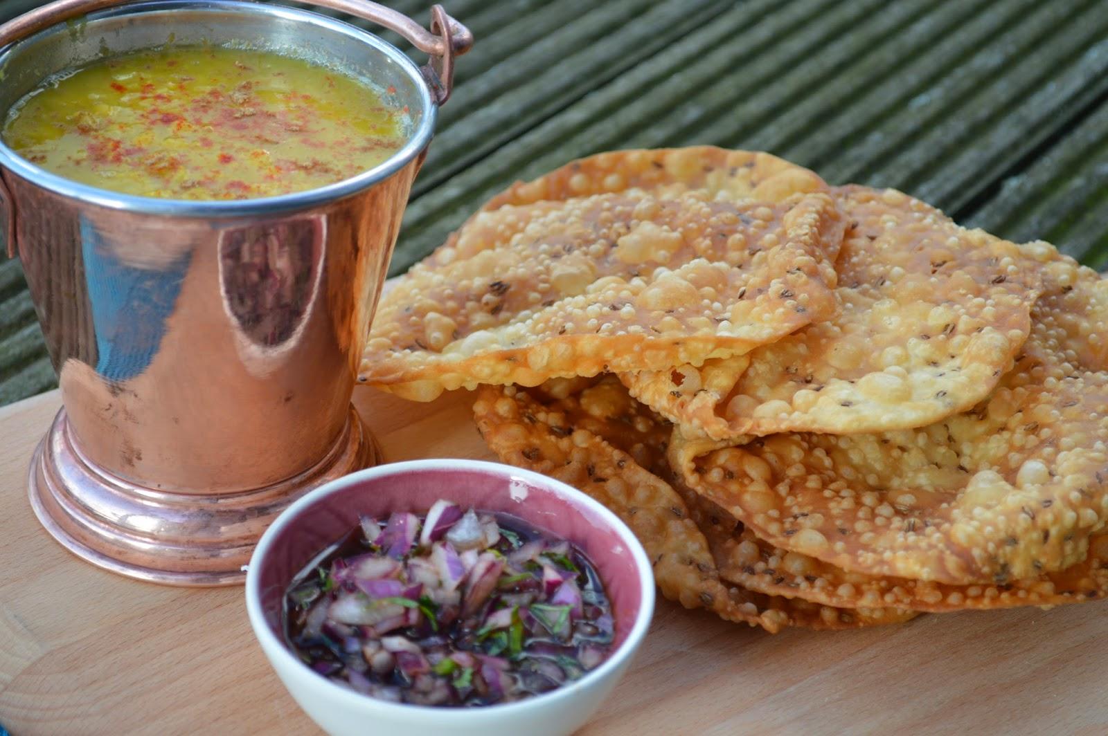 Dal pakwan with tamarind chutney