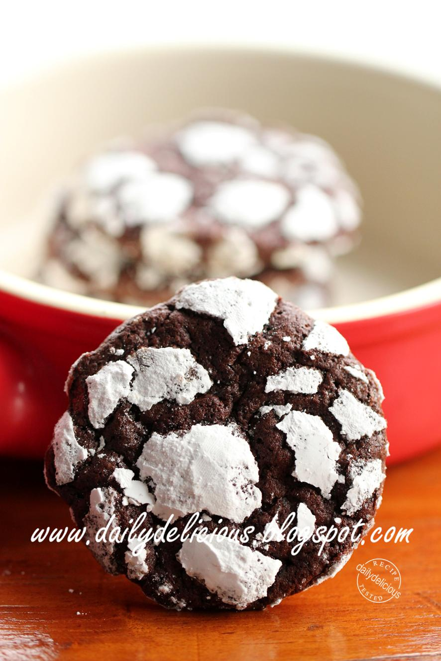 dailydelicious: Chocolate Crackles: Sweet cookies, lovely gift!
