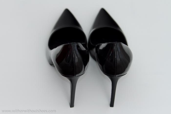 Shoe aholic Blogger