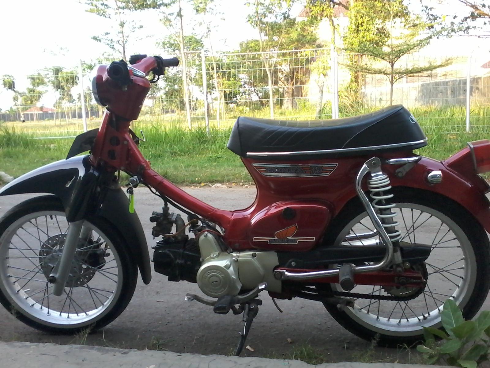 Modifikasi Honda C70 PATI