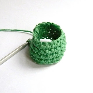 Crochet Stitch Yrh : Ch 20, join with sl st to form ring, taking care not to twist your ...