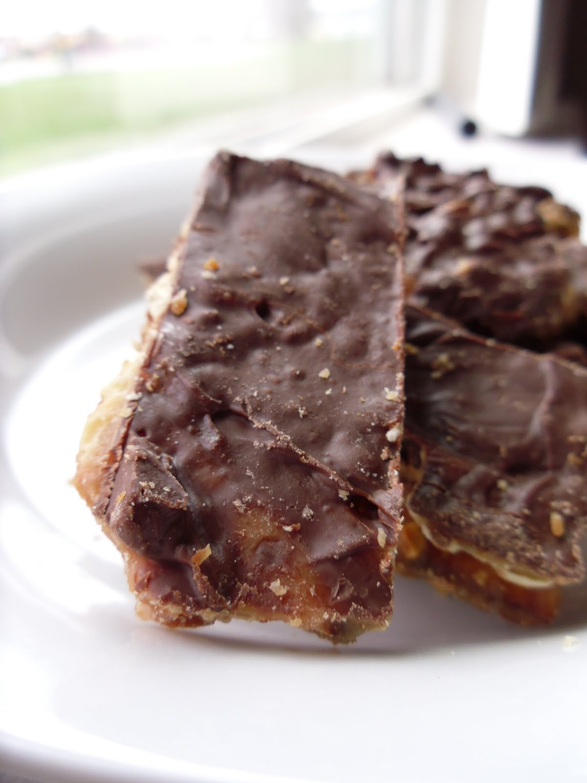 Yeast Free- Pain Free: Chocolate Covered Salted Toffee Almond Matzo