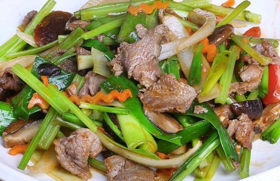Cách làm món Thịt bò xào cần tỏi ngon