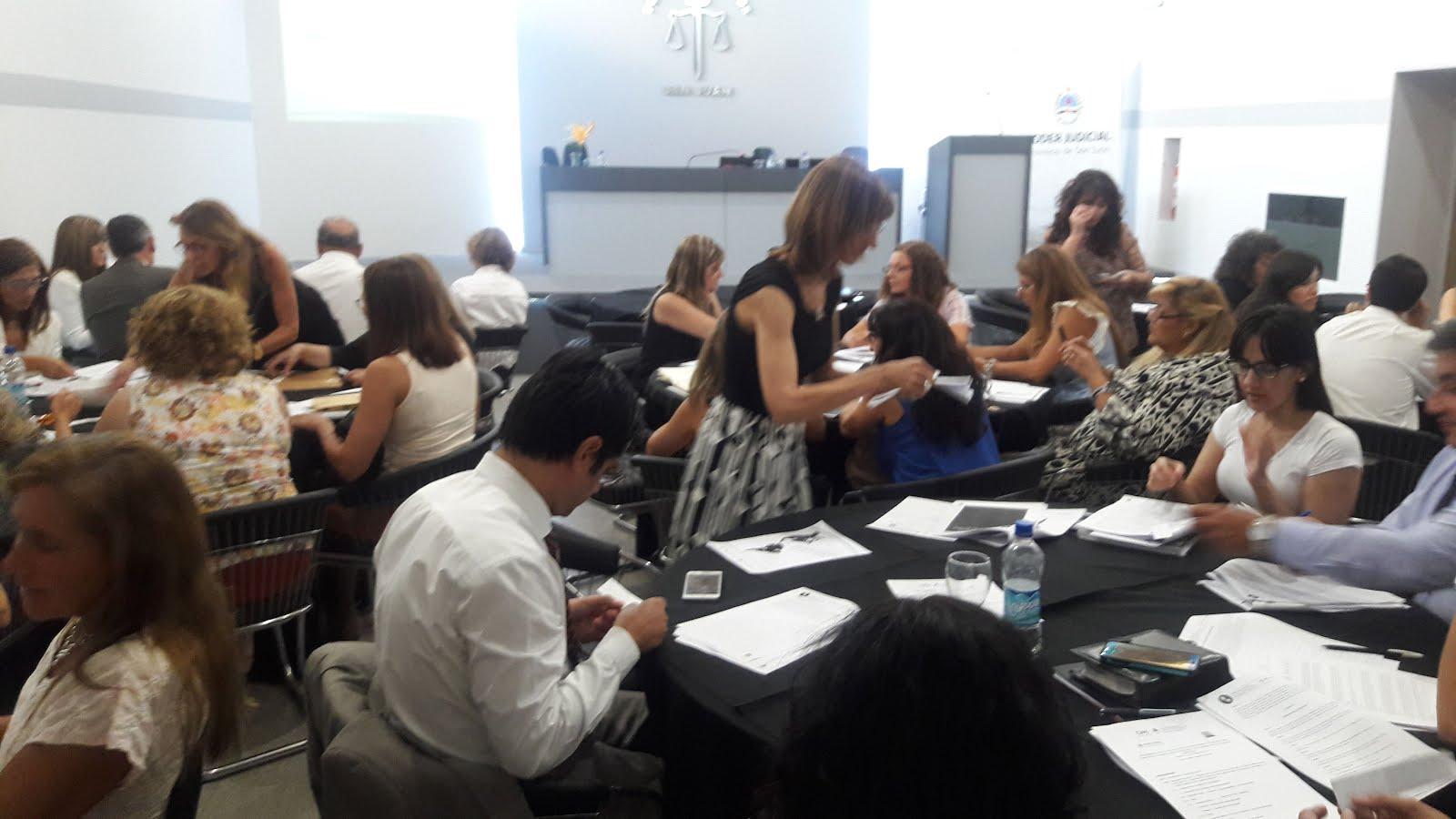 C.S.J.N. : Oficina de la Mujer: Entrenamiento en el uso de los protocolos de trabajo en talleres.