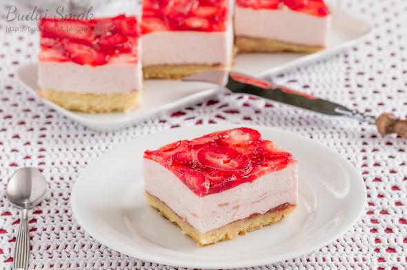 Ciasto Pianka z truskawkami