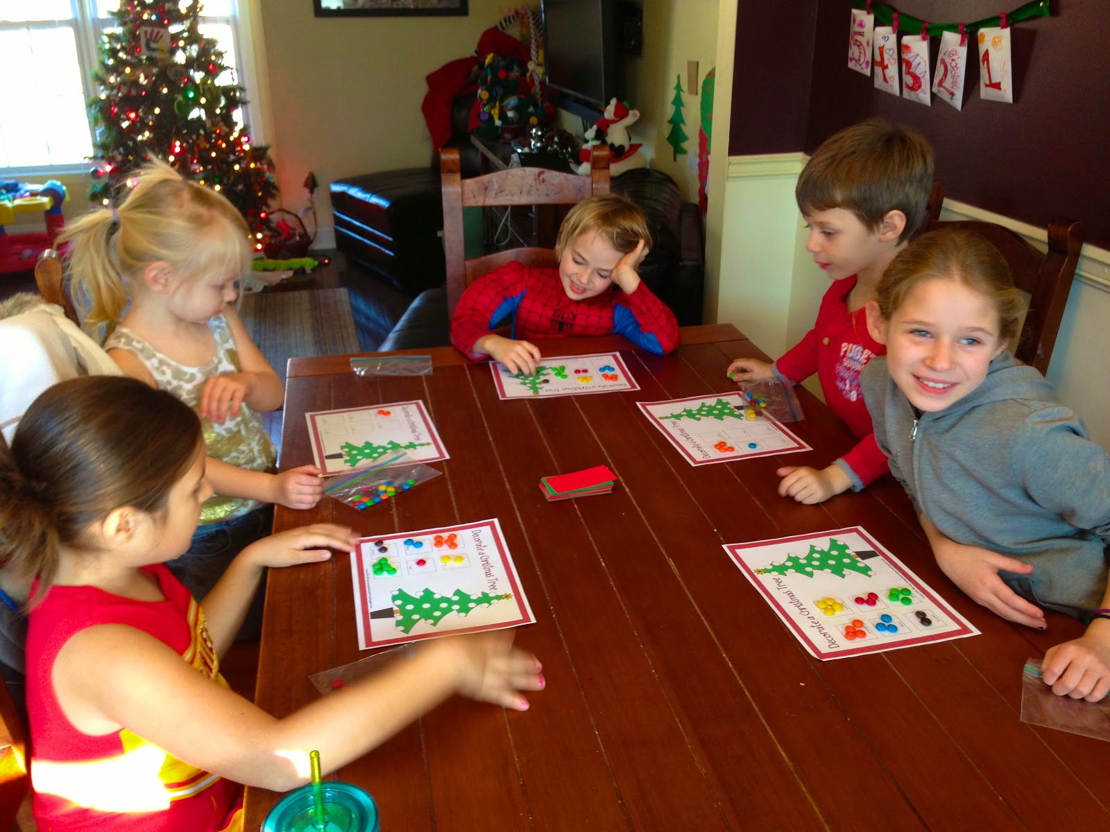 Life Sprinkled With Glitter: Fun Christmas/Winter Games (FREE Printables)