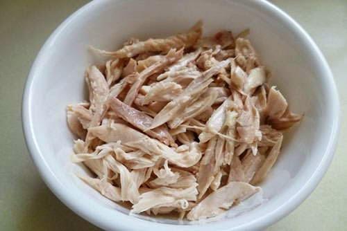 Vietnamese Chicken Recipes - Súp Nui Gà Xé
