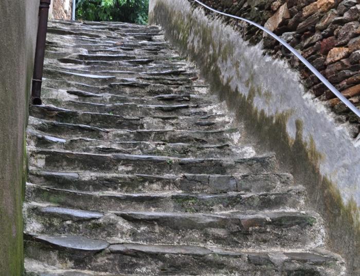 Brahic escalier
