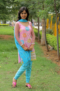 Monal Gajjar latest gorgeous Pictures 008.jpg