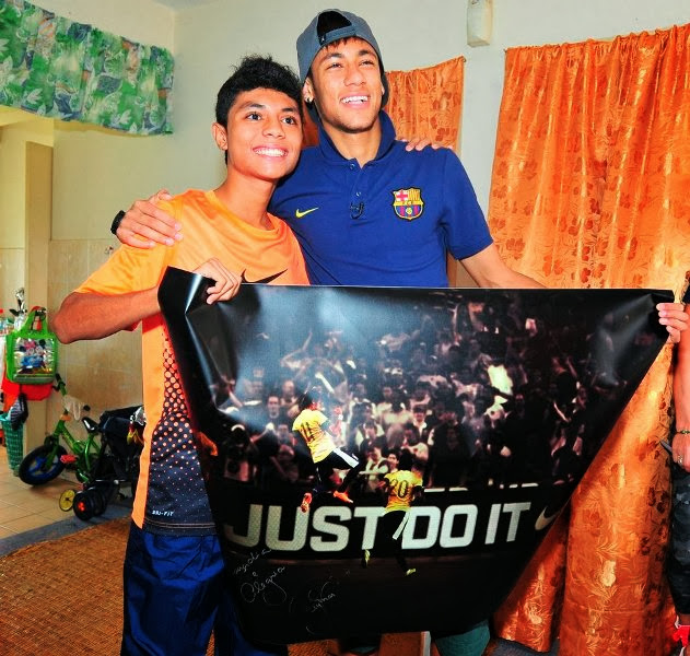 football, sports, youth, Malaysia XI vs FC Barcelona: Neymar & Nike Inspire Malaysian Youths, Nike Hypervenom boots, neymar, inspiration