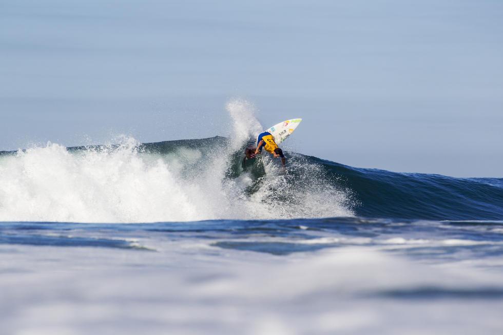 11 Adriano De Souza Hurley Pro at Trestles2015 Foto WSL Brett Skinner
