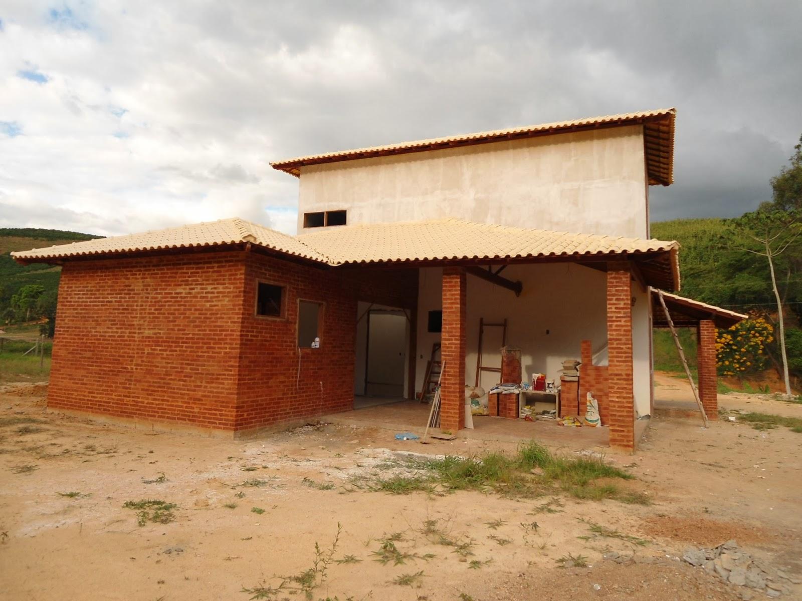 os cômodos existentes no caso um quarto banheiro e cozinha e  #823E1A 1600 1200