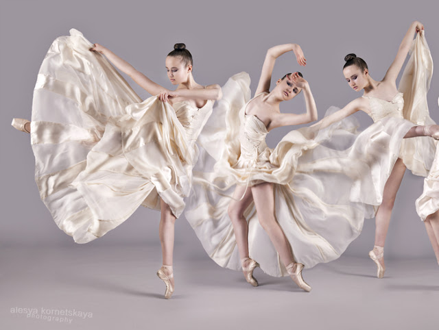 poses of ballerina in motion