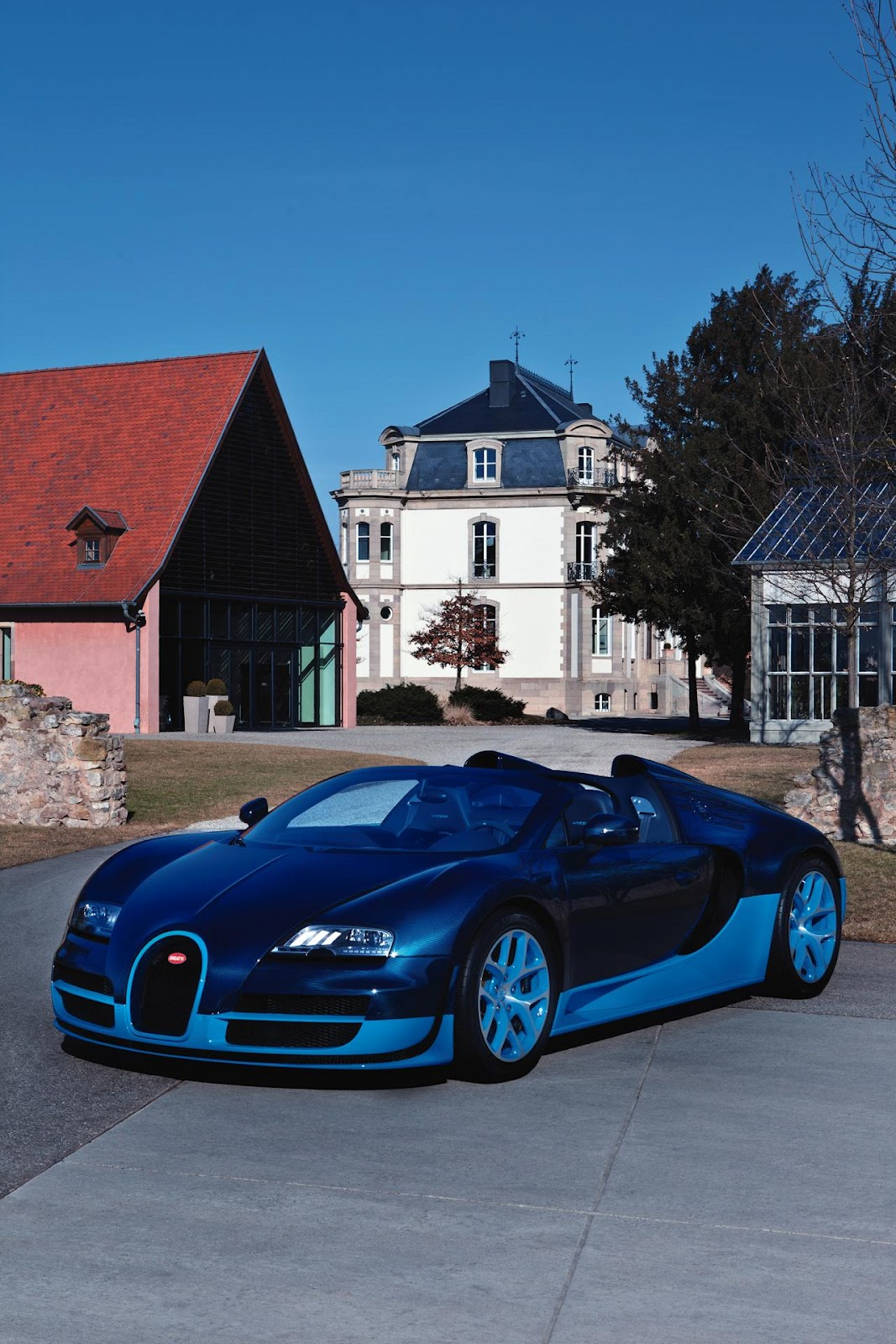 bugatti veyron 16 4 grand sport vitesse cars life cars fashion lifestyle blog. Black Bedroom Furniture Sets. Home Design Ideas