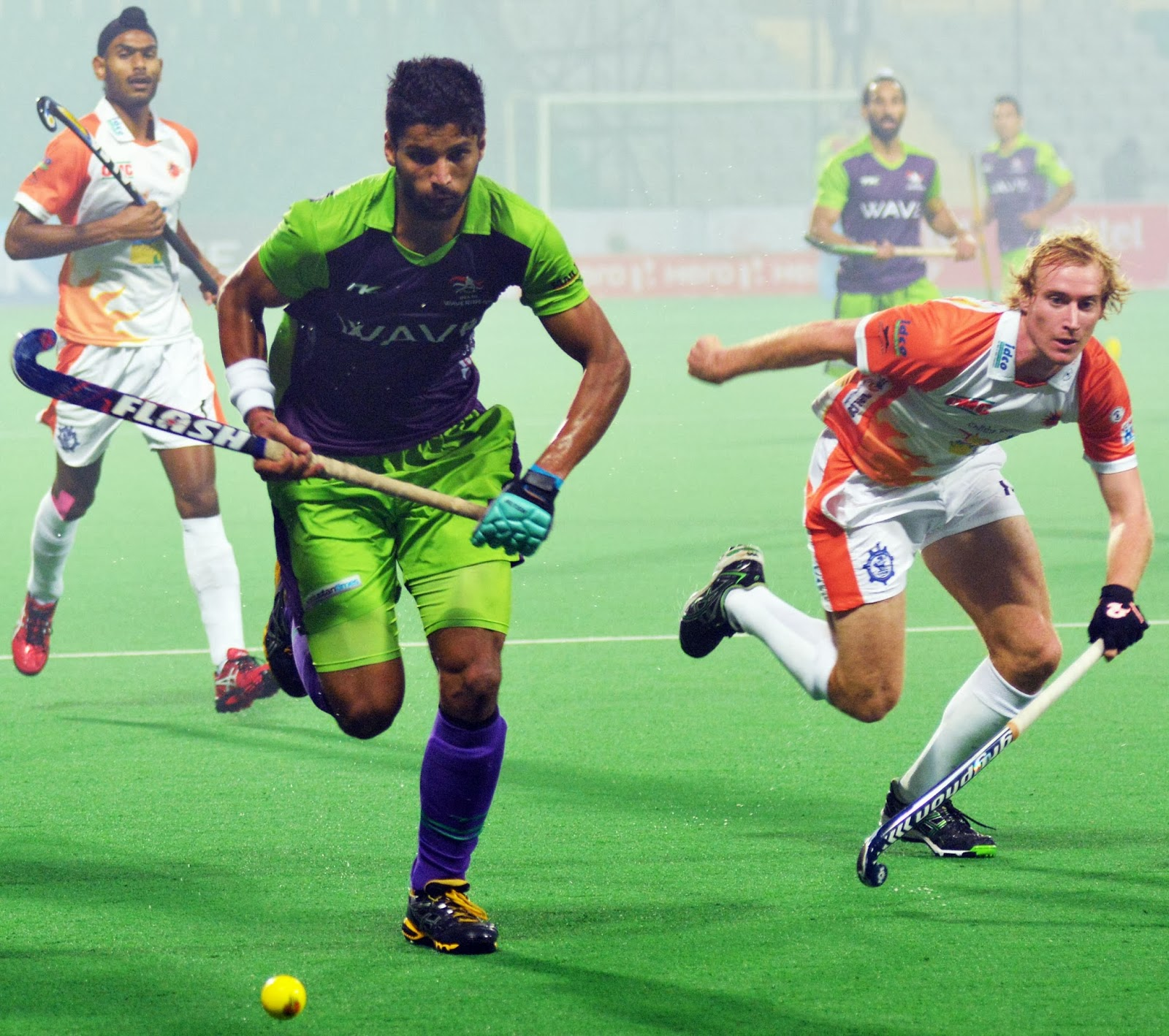 HHIL: Rupinder Pal Singh of DWR in action against Kalinga