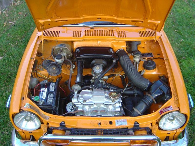 Creswheels 1972 Honda 600z Coupe Orange
