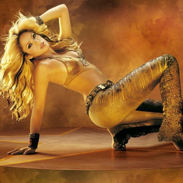 "<img src=""http://2.bp.blogspot.com/-sAbfRoH-xq8/UgvmKqzHAlI/AAAAAAAADlo/PId12Ru0yok/s1600/preview-969-celebritypixel.com.jpg"" alt=""Shakira wallpaper"" />"
